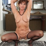 horny-housewife-lynn-11