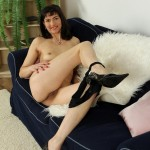 mona-b-long-mature-legs-08