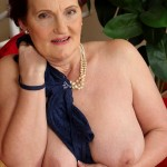 Naked Granny Hillary G