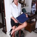shauna-naked-secretary-02